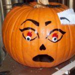 Photo of pumpkin face art